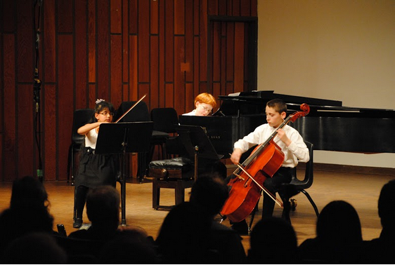 Friends of Chamber Music YMC competition